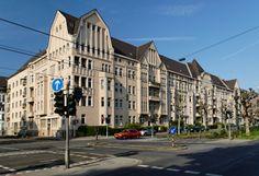 Edel & Stark - Salzburg-Düsseldorf Tour I GF Luxury I http://www.gf-luxury.com/edel-und-stark-luxus-autovermietung-salzburg-duesseldorf-tour.html I © wikipedia. org