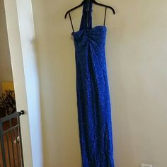 Choker prom dress Sparkly long prom dress comes up in the back and around your neck for a choker look a bit discolored on the armpits Jessica McClintock Dresses Prom