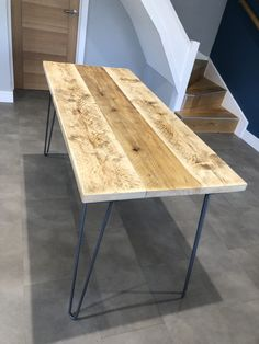 How to make a seater dining table from reclaimed scaffold boards Diy Dining Room Table, 6 Seater Dining Table, Pallet Dining Table, Plank Table, Make A Table, Rustic Table, Wooden Tables, Scaffold Table, Scaffold Boards