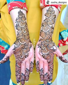 Boldly Made Arabic Mehendi Design Best Beautiful Front and Back Hand Mehndi Designs For Bridal! Easy Mehndi Designs, Latest Mehndi Designs, Back Hand Mehndi Designs, Henna Art Designs, Mehndi Designs For Beginners, Mehndi Designs For Girls, Mehndi Design Photos, Wedding Mehndi Designs, Dulhan Mehndi Designs