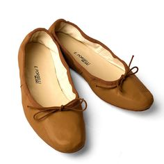 Tan Leather Ballet Flats from Porselli | Hand made especially for... (£120) ❤ liked on Polyvore featuring shoes, flats, ballet flats, tan shoes, ballet pumps, tan leather shoes and leather ballet flats