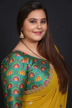 """""""Making a debut with Sony SAB is unreal"""", says newbie Anusha Mishra from Tera Kya Hoga Alia Beautiful Women Pictures, Gorgeous Women, Beauty Full Girl, Beauty Women, Beautiful Dress Designs, Beautiful Saree, Desi Girl Image, Most Beautiful Bollywood Actress, Indian Beauty Saree"""