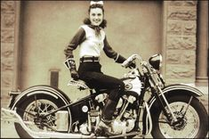 """Dot Robinson, the """"First Lady of Motorcycling,"""" astride her 1939 Harley-Davidson EL Knucklehead. During WWII, Dot worked as a motorcycle courier for a defense contractor. She paved the way for all biker chicks today American Motorcycles, Vintage Motorcycles, Harley Davidson Motorcycles, Harley Bikes, Indian Motorcycles, Lady Biker, Biker Girl, Vintage Biker, Motorcycle Clubs"""
