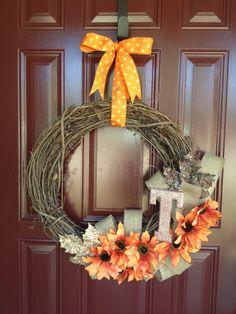 DIY Fall Wreath!