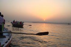 Varanasi, rio Ganges,by Rosa Cera.