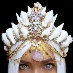 Beautiful Seashell Crowns (16 Photos) | funmag.org