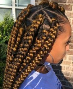 37 Unique Triangle Box Braids Hairstyles 2019 Funky For Black Women - Styleuki Jumbo Box Braids Styles, Jumbo Braids, Braid Styles, Dookie Braids, Chunky Box Braids, Large Box Braids, Jumbo Twists, Ghana Braids Hairstyles, African Hairstyles