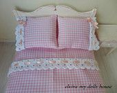 Lovely Pink Double Bedding Set, 1:12 Scale