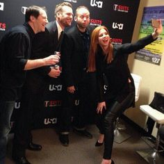 Sarah G. Rafferty with Aarin Korsh, Gabriel Macht, Jarett Wieselman. At UCLA for Suits College Tour 2/6/2014.
