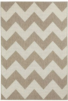 We're in love with chevron and the #new Finesse rug is an indoor/outdoor rug that could really go anywhere. #Capel_Rugs