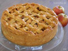 Tuto klasicku holandsku jablkovu tortu ma snad kazdy rad. Myslim, ze je to najznamejsia a najpopularnejsia torta. Ak by ste povedali Holandanovi, aby vymenoval nejake torty, tak som si  ista, ze tato mu napadne ako prva...Jednoducha a chuti pri kazdej prilezitosti.  Receptov, variacii je vela, kazdy ma tu najlepsiu... Toto je taky tradicny zaklad, jednoduchy, ale vyborny...