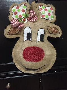 Cartoon Reindeer Burlap Door Hanger by DoorCandybyMeg on Etsy Burlap Door Decorations, Burlap Door Hangings, Christmas Door Decorations, Christmas Tables, Burlap Projects, Burlap Crafts, Paper Crafts, Diy Crafts, Christmas Projects