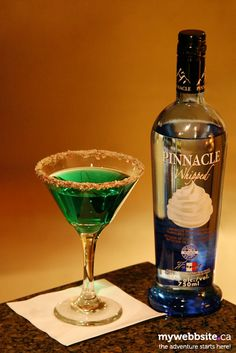 Chocolate Candy Cane Martini - myWebbSite.ca