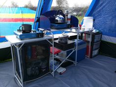 The Camping And Caravanning Site. Camping Tips And Advice Straight From The Experts. Camping can be a fun way to forget about your responsibilities. Beach Camping Tips, Camping Set Up, Camping Life, Tent Camping, Campsite, Camping Hacks, Camping Kitchen, Camping Ideas, Camping Stuff