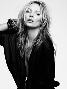Kate Moss T-shirt special edition - Zien! Zomercampagnes 2014 #KateMoss #ElevenParis #campaign #fashion #mode #model #photography #ELLE