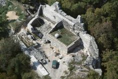 Tátika vár Hungary, Budapest, Mount Rushmore, City Photo, Mountains, Castles, Nature, Medieval, Travel