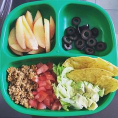Turkey taco meat tomatoes lettuce and avo with a few tortilla chips peaches and black olives. We used Ree Drummond's taco seasoning:) Toddler Friendly Meals, Healthy Toddler Meals, Toddler Lunches, Easy Healthy Recipes, Baby Food Recipes, Kids Meals, Toddler Food, Toddler Recipes, Food Baby