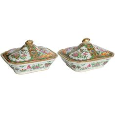 Pair of Chinese Porcelain Tureens with Covers, 19th Century | From a unique collection of antique and modern tureens at https://www.1stdibs.com/furniture/dining-entertaining/tureens/