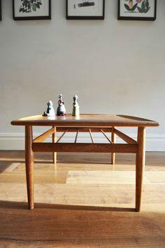 Grete Jalk teak coffee table for Glostrup Moblefabrik. Danish Vintage Retro 60s