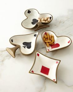 Shop Playing Card-Motif Dishes at Horchow, where you'll find new lower shipping on hundreds of home furnishings and gifts. Ceramic Pottery, Pottery Art, Ceramic Art, Diy Clay, Clay Crafts, Keramik Design, Clay Art Projects, Air Dry Clay, Clay Creations