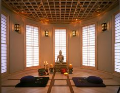 7 Spaces That Would Make Great Meditation Rooms (PHOTOS) filtered natural light creates good meditation setting