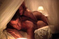 Pierce Brosnan & Rene Russo in Thomas Crowne Affair...