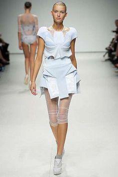 Kinda looks like Alice in Futuristic Wonderland