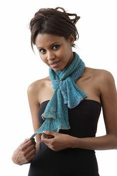 HT - scarf. Knitted in woll and cotton.
