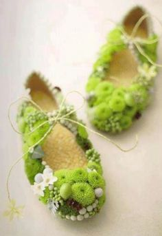 Slippers of flowers for forest fairy