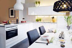 Keittiöt | TaloTalo | Rakentaminen | Remontointi | Sisustaminen | Suunnittelu | Saneeraus #keittiö #sisustus #aamu #kitchen #decor #talotalo