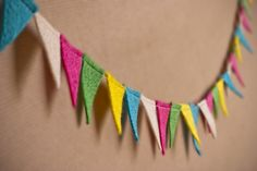 Oooo, I want to make these, in rainbow! From One Lovely Day DIY wedding site