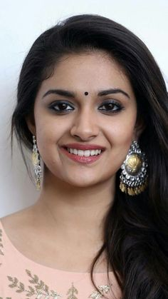 Keerthi Suresh is the best way to get cum Beautiful Girl Indian, Most Beautiful Indian Actress, Beautiful Girl Image, Gorgeous Women, Beautiful Lips, Beautiful Bollywood Actress, Beautiful Actresses, Beautiful Heroine, South Indian Actress