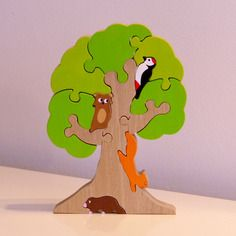 Jouet : puzzle en bois arbre et ses animaux de la foret : 12 pièces Plus Puzzles 3d, Puzzles For Kids, Wooden Puzzles, Router Projects, Craft Projects, Glow Table, Quiet Book Templates, Animal Puzzle, Wooden Animals
