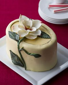 "@KatieSheaDesign ♡❤ ❥ #cake ""Magnificent Magnolia"" Cheesecake"