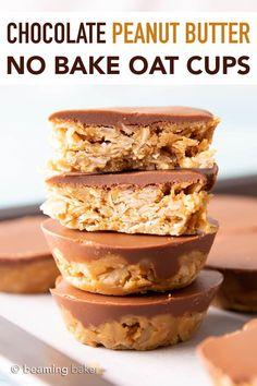 4 Ingredient No Bake Chocolate Peanut Butter Oatmeal Cups - Beaming Baker Peanut Butter Ingredients, Peanut Butter No Bake, Peanut Butter Oatmeal, Healthy Peanut Butter, Chocolate Peanut Butter, Chocolate Caramels, Vegan Sweets, Healthy Sweets, Vegan Desserts