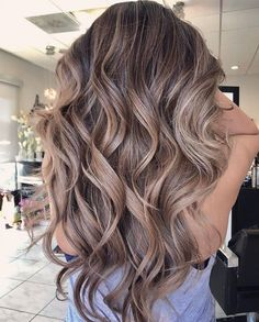 36 Light Brown Hair Colors That Are Blowing Up in 2019 - Style My Hairs Bronde Hair, Brown Hair Balayage, Brown Blonde Hair, Light Brown Hair, Hair Color Balayage, Ash Brown Hair With Highlights, Blonde Brunette Hair, Brown Hair Inspo, Beige Blonde