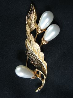 lovely gold tone leaves with pearls as flower buds