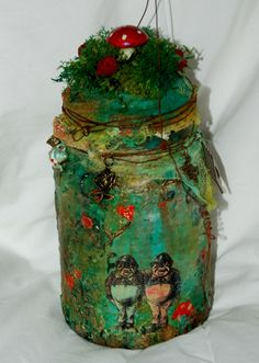 Amazing coffee jar transformation by Zuzu for the Calico Crafts design team.