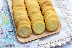Homemade Crackers that taste similar to club crackers