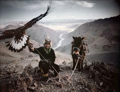 Photographer : Jimmy Nelson (Kazakhs, nomadic people of western Mongolia)