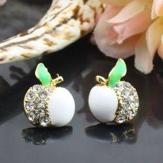 Les alliages blancs d'Apple boucles d'oreilles diamant