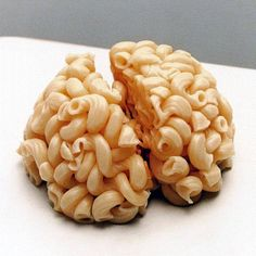 Fight the urge to indulge! Train your brain to battle cravings before they ruin your diet plan Health And Wellness, Health Tips, Health Fitness, Women's Health, Health Snacks, Health Articles, Get Healthy, Healthy Life, Healthy Living