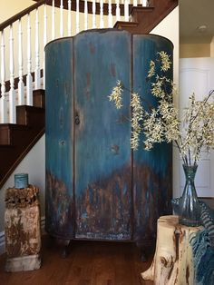 Antique armoire chalk Painted into this stunning Bohemian style one of a kind piece. Furniture Update, Furniture Makeover, Diy Furniture, Furniture Refinishing, Bedroom Furniture, Chalk Paint Chairs, Chalk Paint Furniture, Vintage Armoire, Furniture Inspiration