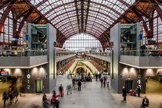 Antwerpen-Centraal is mooiste station ter wereld - De Standaard: http://www.standaard.be/cnt/dmf20140825_01231696