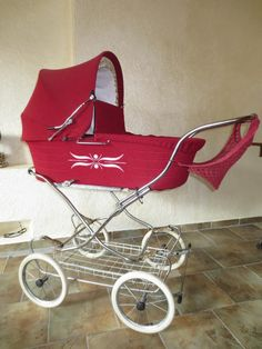 Ich verkaufe diesen sehr schönen Kinderwagen von der Markenfirma Zekiwa.<br /><br />Sehr gepflegter...,Kinderwagen Zekiwa DDR - Top Zustand - Nostalgie mit Korb + Netz in Thüringen - Königsee Baby Boy Accessories, Vintage Pram, Baby Buggy, Prams, Baby Strollers, Children, Boys, High Chairs, Cribs