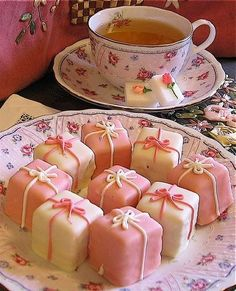 "Petit Four, Decorated Sugar Cubes and a Cup of Tea - photo does not link to ""How-To"""