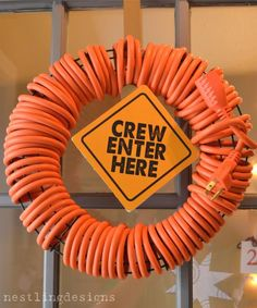 a fun CONSTRUCTION THEMED BIRTHDAY PARTY- the wreath