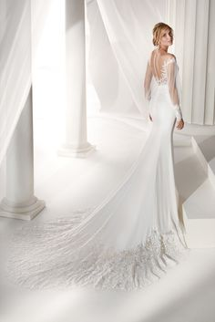 748bd8822606 NIAB19050 - Nicole 2019 Collection Stunning ivory mermaid dress made of  cady