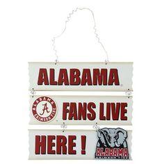 Alabama Crimson Tide 11.5'' x 9.5'' Fans Live Here Wooden Sign