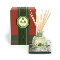 Agraria - Lime & Orange Blossoms AirEssence™  Welcome to an exhilarating fragrance filled with Lime & Orange Blossoms, and surrounded by the beauty of Night-Blooming Sampaguita, Honeysuckle, and Jasmine. Amber Woods, Smoky Patchouli and Oak Moss add depth to a velvety smooth background.